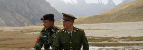 chinese_and_pakistani_guards